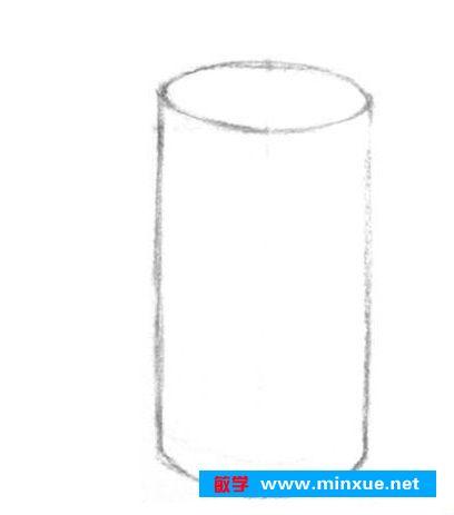 作画步骤1:使用2b铅笔,画出圆柱体的基本外轮廓.